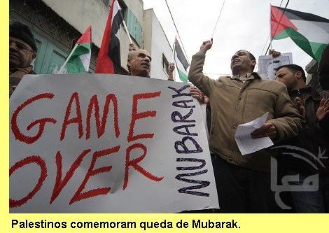 Palestinos comemoram queda de Mubarak.