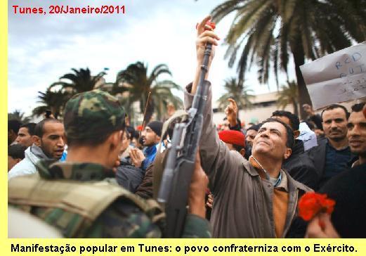 Manifestação popular em Tunes.