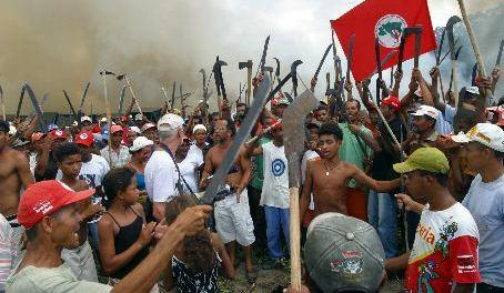 http://resistir.info/brasil/imagens/mst_abr04.jpg