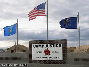 Campo de concentração de Guantanamo.