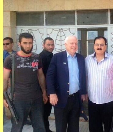 John McCain e Salim Idriss.