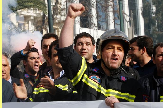 Protesto de bombeiros.