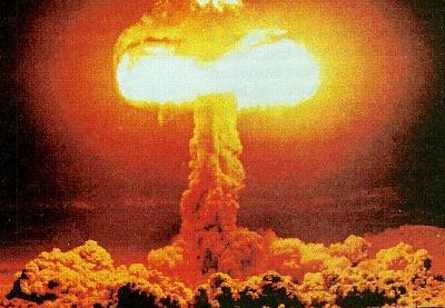 http://resistir.info/pilger/imagens/atomic_bomb.jpg