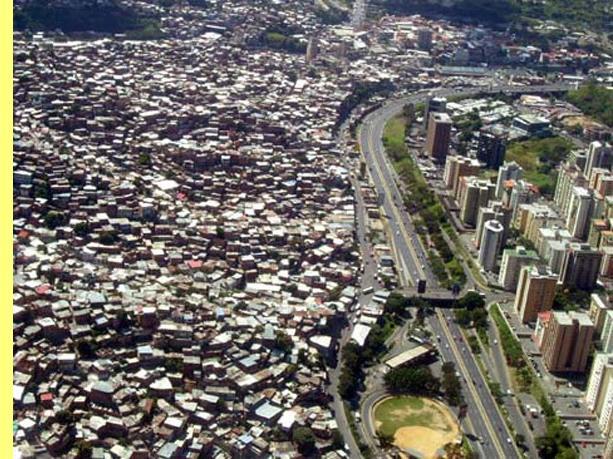 Resultado de imagem para mumbai india pobreza