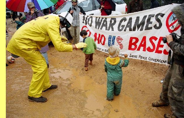 Protestos contra o Talisman Sabre.